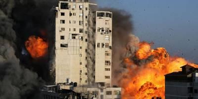 Siyonist İsrail, Gazze'de 14 katlı binayı vurdu