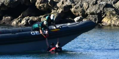 Son 24 saatte 5 bin düzensiz göçmen yüzerek İspanya'ya geçti