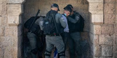 İşgal güçleri Batı Şeria'da top oynayan çocukları gözaltına aldı