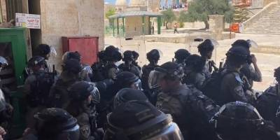 İşgal güçleri Mescid-i Aksa'da Filistinlilere müdahale etti