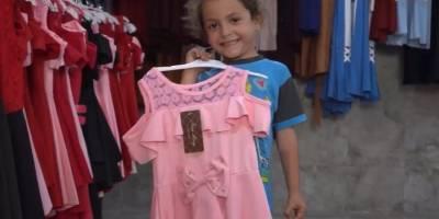 Özgür-Der ve Fetihder İdlib'de yetimler için giyim mağazası açtı