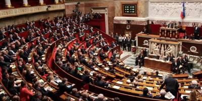 Fransa'da 'İslamofobik yasa' iptali için parlamenterlerce Konseye taşındı