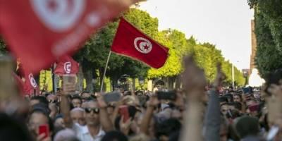 Tunus'ta Nahda Hareketi ve 4 siyasi partiden despotizm uyarısı