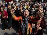 Çin Yine Uygur Bölgesinde Katliam Yaptı