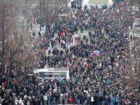 Rusyada On Binlerce Kişi Meydanlarda...