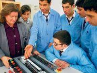 Eğitimciler, Lisenin Mecburi Olmasına Karşı