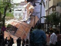 İstanbulda Fırtına Paniğe Yol Açtı