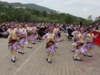Resmi Geçit Bitti; Pasta ve Festival Verelim!