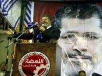 Muhammed Mursi İle Tahrirde Dev Buluşma