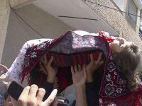 Esed, Kandil Gecesi de Halkını Bombaladı