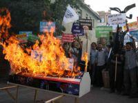 Çirkin Film Vanda da Protesto Edildi (FOTO)