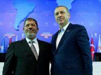 AK Parti Kongresi Üzerinden AB Aşkı Depreşenler