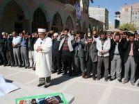 Van'da Şehitler İçin Gıyabi Cenaze Namazı