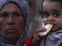 Suriyede 2 Milyon Çocuk Açlık Sınırında (FOTO)