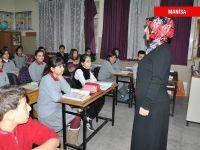Öğretmenlerden Serbest Kıyafet Eylemi (FOTO)