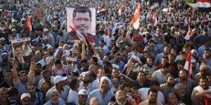 """""""Mısır Direnişi, İslami Öğrenim ve Demokrasi"""""""