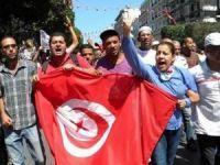 Tunus'ta Çözüm Arayışları Haftaya Kaldı