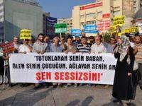 İzmirde Mısırdaki Katliam Protesto Edildi