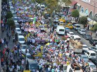 Fatih'te Binler Suriye ve Mısır İçin Yürüdü