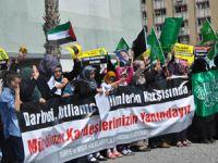 İzmir, Mısır ve Suriye'deki Katliamları Lanetledi!