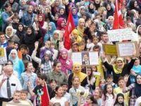 Almanyada Suriye ve Mısır İçin Yürüyüş