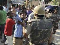 Hindistan'da Müslümanlara Saldırı: 28 Ölü