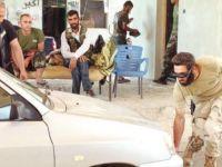 Direnişçiler Bomba Yüklü 2 Araç Yakaladı