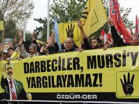 Fatih'te Cunta Yargısı Protesto Edildi