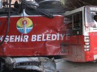 PKK Yandaşları Otobüse Saldırdı