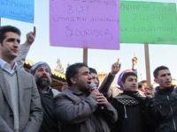 Siverek'te Suriye'deki Vahşet Protesto Edildi