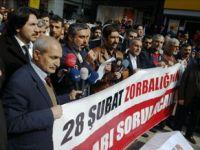 Diyarbakır'da 28 Şubat'ı Protesto Eylemi (FOTO)