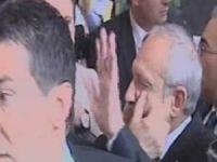 CHP Lideri Kılıçdaroğlu'na Yumruklu Saldırı (VİDEO)