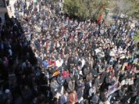 Van'da Cuntanın İdam Kararları Protesto Edildi