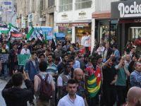 İstiklal Caddesi'nde Kardeşlik Yürüyüşü