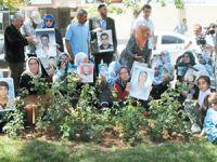 Belediye Ekipleri Acılı Anneleri Darp Etti