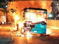 """""""Devrimci Eşkıyalar"""" Bir Otobüs Daha Yaktı!"""