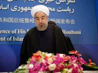 Ruhani, Ahmedinejad'ı Suçladı: ABD'nin Erişebileceği Yere Parayı Kimler Götürdü?