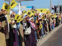 Mısır Halkı Darbeye Karşı Sokaklara Aktı