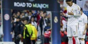 Mesut Özil'den Ümmet'e Sessizlik Tepkisi