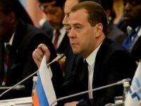 Medvedev: Kara Hareketi Uzun Süreli Savaş Demek!