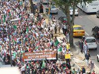 Fatih'te Binlerce Kişi Gazze Direnişini Selamladı