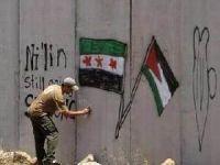 Suriye'de Filistin Bayrağı Yakıldı Yalanı! (Video)