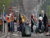 Fransa'da İsrail Karşıtı Göstericilere Hapis