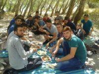 Has der üniversite gençleri piknikte buluştu muş ta faaliyet