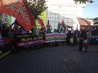 Bursa'da Kardeşime Dokunma Eylemi