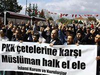 Fatih Camii'nde Şehitlere Dua; PKK'ya Lanet (FOTO)
