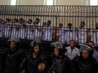 Mısır'da Darbe Karşıtlarına Yine Hapis Cezası Yağdı