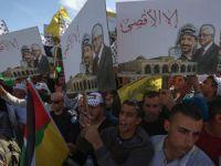 """Abbas Yönetimi: """"Özgür Filistin'den İşgale Hizmete Dönüşüm"""""""