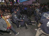 Ferguson'da Protestolar Büyüyor; Obama'dan Tehdit