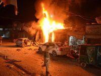 Pakistan'da Bombalı Saldırı: 30 Yaralı